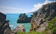 The pancake rocks, Punakaiki (Photo by: Macronix - Wikimedia Commons)