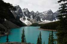 Morraine Lake at Banff National Park (Photo by: Kbrookes - Flickr)