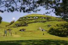 The Hobbiton (Photo by: Rob Chandler – Wikimedia Commons)